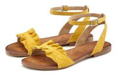 Lascana sandalen van hoogwaardig leer met kleine ruches