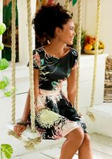 LASCANA scuba-jurk met plooien in de rok