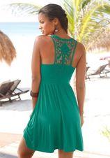 Prachtige jurk met klassiek kant